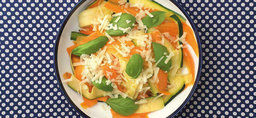 Bunte-Gemüsenudeln-aglio-e-olio